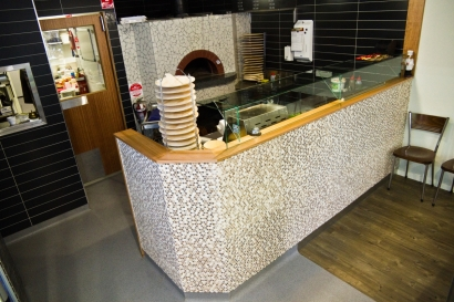 degani_pizza_counter